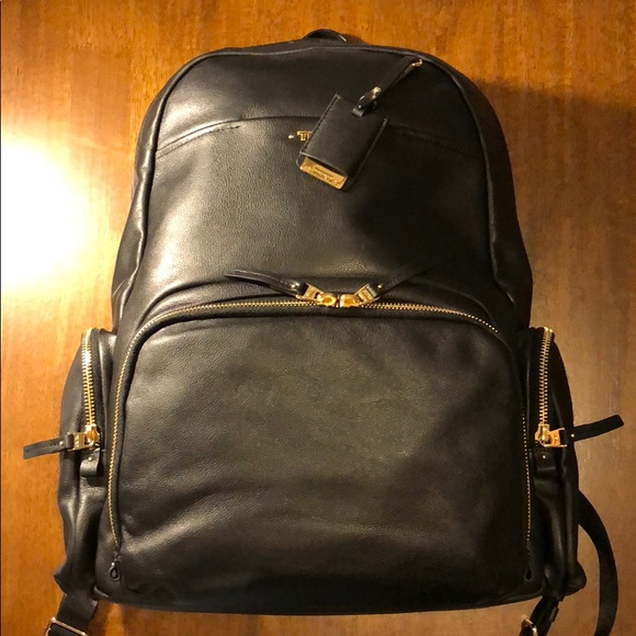 e41b3d8cf3 Tumi Calais Leather Backpack  Almost Brand New! M 5b14a70f3c98446efd057b9e